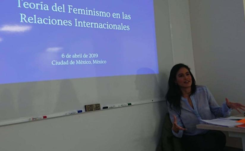 7 poderosas razones para estudiar la teoría del feminismo aplicada a lasRRII